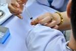 Bộ Y tế khuyến cáo: 9 nhóm người nên hoãn và 4 nhóm người cần thận trọng khi tiêm vắc xin AstraZeneca-2