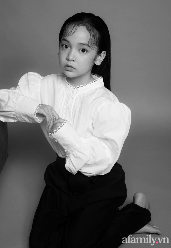 Con gái Việt Anh trong Hướng dương ngược nắng: Ngoài đời được mẹ nuôi dạy chu đáo, tự biết giữ gìn nhan sắc từ nhỏ nên ngày càng xinh đẹp-2