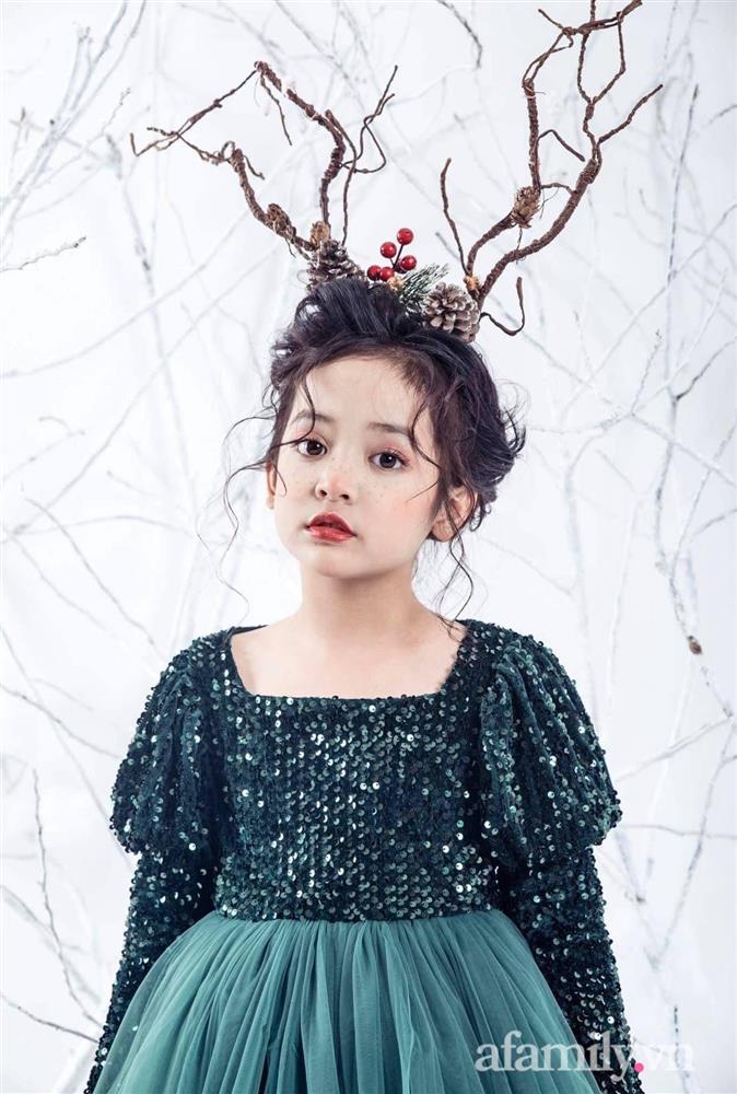 Con gái Việt Anh trong Hướng dương ngược nắng: Ngoài đời được mẹ nuôi dạy chu đáo, tự biết giữ gìn nhan sắc từ nhỏ nên ngày càng xinh đẹp-11