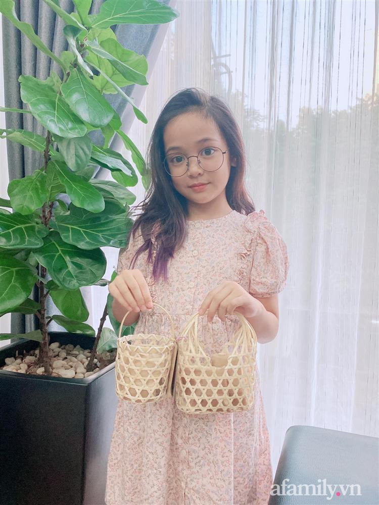 Con gái Việt Anh trong Hướng dương ngược nắng: Ngoài đời được mẹ nuôi dạy chu đáo, tự biết giữ gìn nhan sắc từ nhỏ nên ngày càng xinh đẹp-13