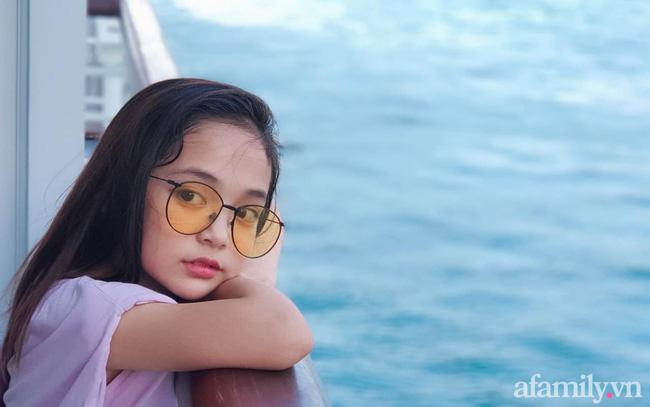 Con gái Việt Anh trong Hướng dương ngược nắng: Ngoài đời được mẹ nuôi dạy chu đáo, tự biết giữ gìn nhan sắc từ nhỏ nên ngày càng xinh đẹp-17