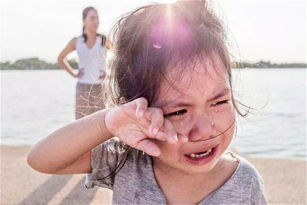 Cha mẹ dễ nổi nóng, con cái được nuôi dạy khó thoát khỏi hai kết cục này: Phụ huynh cần lưu ý để trẻ không bị tổn thương-2