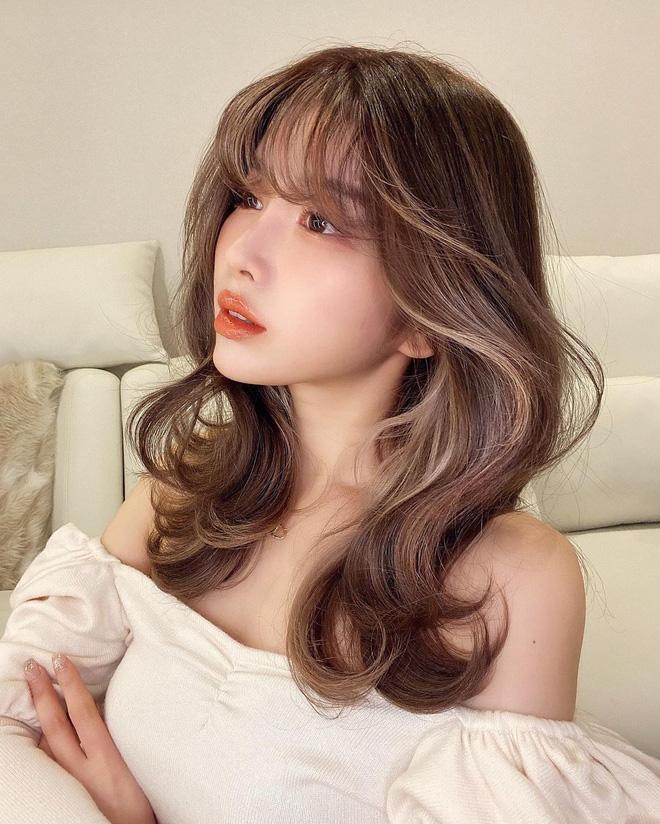 Check nhanh 5 xu hướng tóc trendy cho xuân - hè 2021, toàn kiểu nàng thơ mà nịnh mặt vô đối!-5
