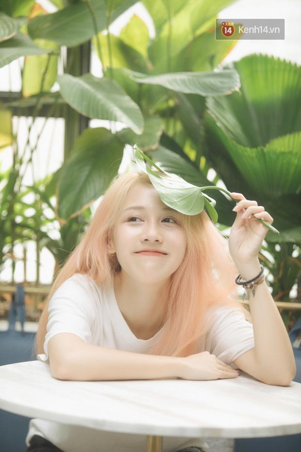Soi học vấn của những nữ YouTuber hot nhất Việt Nam: Ai cũng học trường top, riêng Thơ Nguyễn bị nghi ngờ vì tự nhận mình học giỏi-1