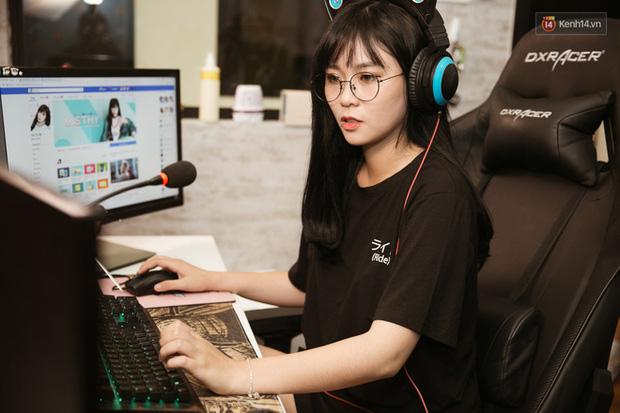 Soi học vấn của những nữ YouTuber hot nhất Việt Nam: Ai cũng học trường top, riêng Thơ Nguyễn bị nghi ngờ vì tự nhận mình học giỏi-4