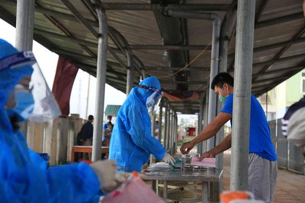 Nam thanh niên rơi từ tầng 2 tử vong khi đang cách ly ở Hà Tĩnh-1