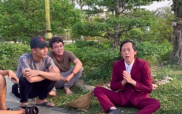 NS Hoài Linh tiết lộ lý do mở kênh YouTube, hiếm hoi nhắc tới antifan và cách giải quyết với những lời chê bai-3