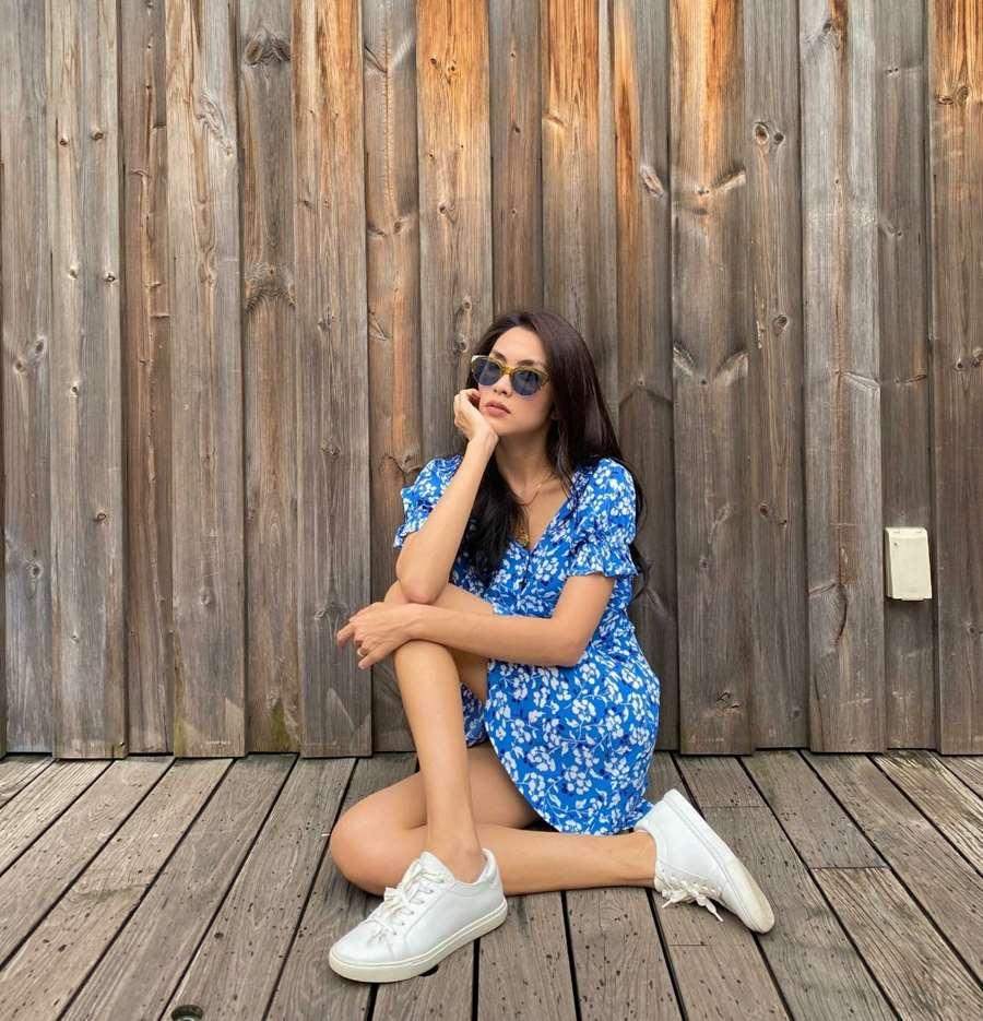 Học lỏm Hà Tăng, Thanh Hằng cùng loạt mỹ nhân Việt 1001 cách diện váy hoa đẹp đúng điệu-3