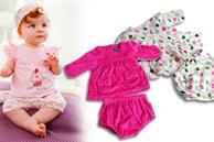 Mẹ thường chọn mua quần áo cho con như thế nào? Nên chọn màu tối hay màu sáng? Hãy cẩn thận vì chọn sai có thể sẽ làm tổn thương bé rất nhiều