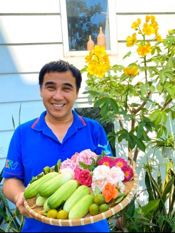 Bà xã Quyền Linh chia sẻ bí quyết trồng hoa hồng-1