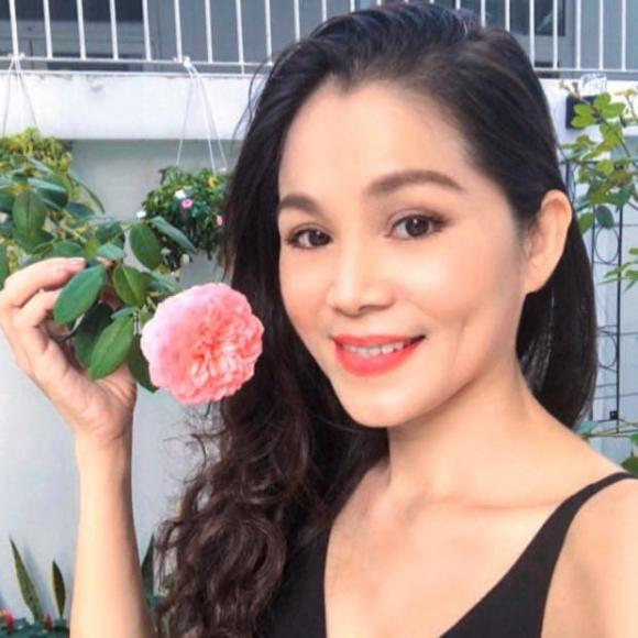 Bà xã Quyền Linh chia sẻ bí quyết trồng hoa hồng-2