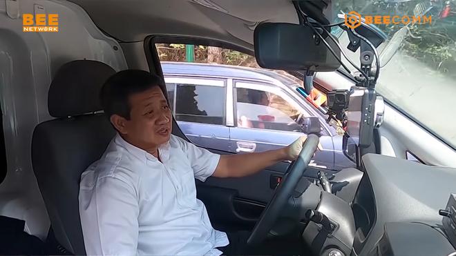 Việt Hương: Nếu không có sẵn tiền mặt, anh Đoàn Ngọc Hải cứ gọi, tôi sẽ chuyển khoản ngay-1