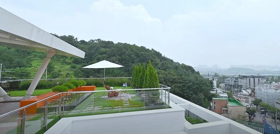 Cận cảnh từng không gian bên trong căn penthouse 106 tỷ của Hyun Bin-39
