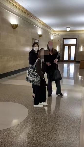 Trịnh Sảng công khai xuất hiện tại phiên tòa giành quyền nuôi con, khẳng định sẵn sàng từ bỏ sự nghiệp vì con-1