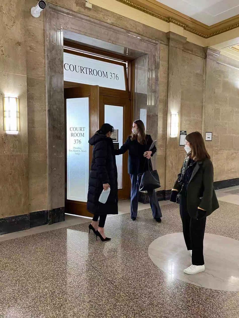 Trịnh Sảng công khai xuất hiện tại phiên tòa giành quyền nuôi con, khẳng định sẵn sàng từ bỏ sự nghiệp vì con-2