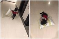 Khóc lóc mãi mà vẫn bị mẹ 'ngó lơ', bé gái mang cả gối ra cửa thang máy nằm ăn vạ cho... đỡ mệt