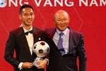 Báo chí thế giới đồng loạt đưa tin về chấn thương kinh hoàng của Hùng Dũng, lo lắng cho cơ hội đi tiếp của tuyển Việt Nam ở vòng loại World Cup-4