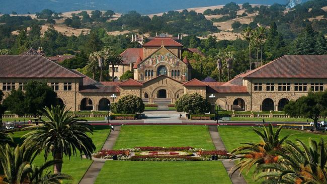 Nữ sinh trúng học bổng 7,3 tỷ đồng của ĐH Stanford: Nghỉ học 1 năm, nỗ lực gấp 20 lần để nếm trái ngọt và bí kíp học tiếng Anh cực đỉnh-3