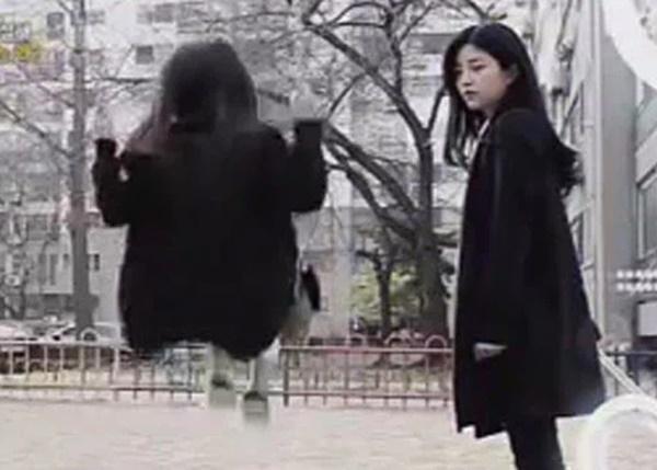 Vụ án chấn động Hàn Quốc được nhắc lại trên màn ảnh nhỏ: Bé gái 8 tuổi bị 2 hung thủ tuổi teen giết, đem một phần thi thể làm quà tặng nhau-3