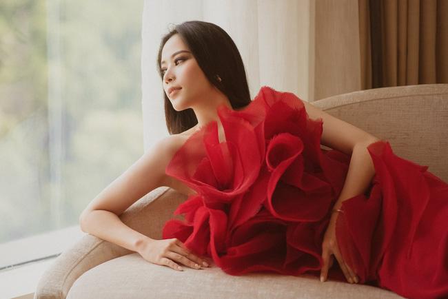 Nhan sắc hiện tại của Nam Em thế nào mà đăng ký thi Hoa hậu Hoàn vũ Việt Nam 2021?-3