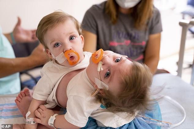 Tin chắc mình đang mang thai cậu bé khổng lồ, nhưng bác sĩ lại thông báo một tin khiến bà mẹ như bị sét đánh-3