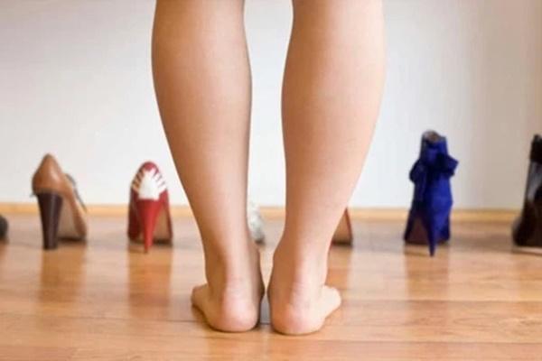Có cục máu đông trong cơ thể: bạn có thể phán đoán thông qua 3 hiện tượng bất thường ở bàn chân-1