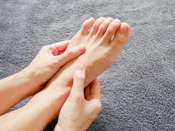 Có cục máu đông trong cơ thể: bạn có thể phán đoán thông qua 3 hiện tượng bất thường ở bàn chân-2
