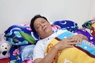 Nghệ sĩ Tấn Hoàng bị ngất gục trên máy bay khi đi diễn, phải thở oxy