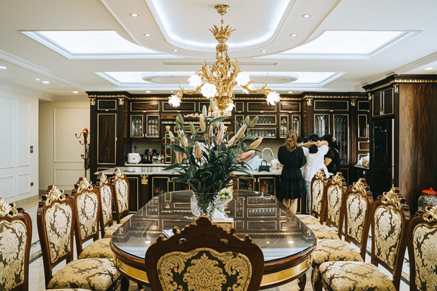 Đại gia kinh doanh đèn cao tay ở khoản chơi đồ gỗ, nhà trông giàu có nhưng không hề phô trương-3