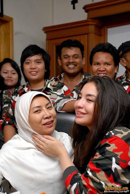 Chạy khỏi ngục tù nơi cung cấm chỉ có máu và nước mắt với người chồng bệnh hoạn, nàng dâu hoàng gia Malaysia có cuộc sống gây ngỡ ngàng sau 12 năm sổ lồng-5