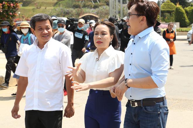 Ông Đoàn Ngọc Hải tham gia show truyền hình: Đứng cạnh Việt Hương, tôi bị khớp, ngại quá-3