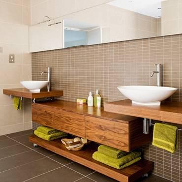 Ý tưởng thiết kế phòng tắm thân thiện với môi trường:Thảm lót chân bằng đá haygiá đỡ khăn bằng dây cũng không độc đáo bằng việc lắp thêm lò sưởi-1