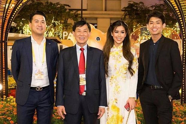 Các em chồng nhà Tăng Thanh Hà đỉnh thế nào: Người nói 4 thứ tiếng, người là thạc sĩ trường top, ai cũng có kinh nghiệm kinh doanh đầy mình-1