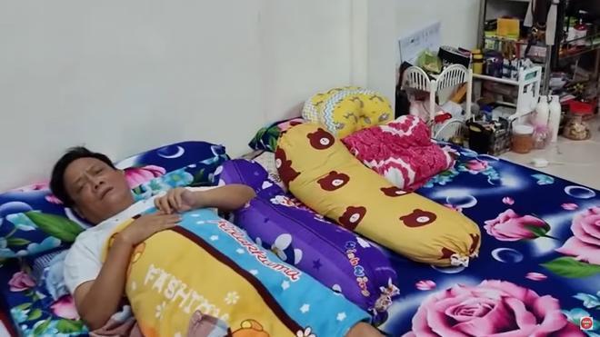 Nghệ sĩ Tấn Hoàng ngất xỉu trên máy bay đã hồi tỉnh: Tôi không chết sớm, tôi sẽ sống dai-5