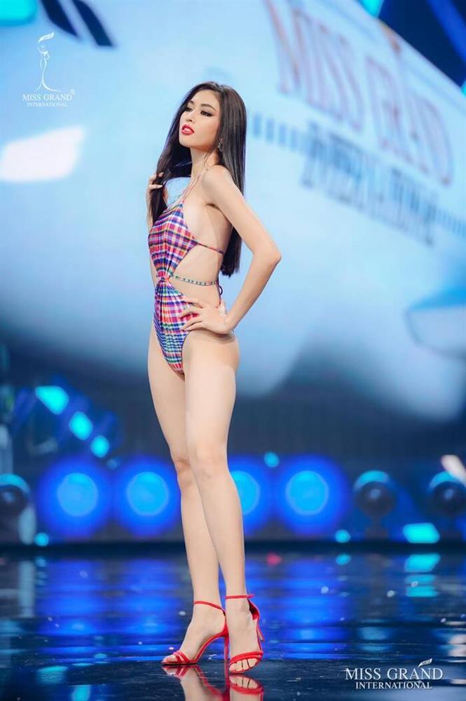 Loạt trang phục giúp Ngọc Thảo ghi điểm suốt hành trình thi Miss Grand-10