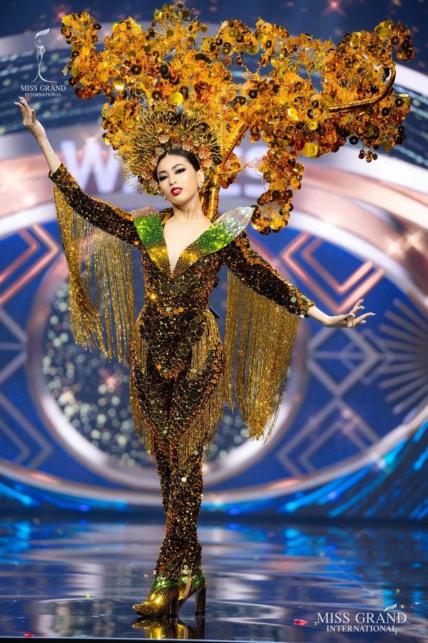 """Ngọc Thảo và hành trình tới top 20 Miss Grand 2020: Thần thái và body cực đỉnh, đôi chân dài 1m11 cực phẩm"""" nhưng học vấn gây tranh cãi?-5"""