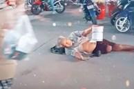 Xót xa cụ ông mất chân, nằm giữa chợ cầu xin sự giúp đỡ của dòng người qua lại