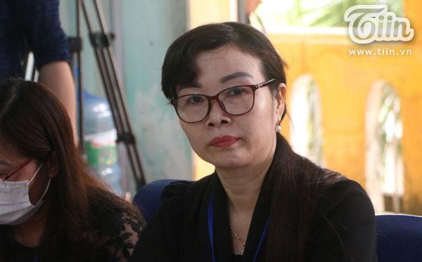 Công bố quyết định thanh tra liên ngành vụ cô giáo tố bị trù dập ở Quốc Oai: cô Tuất đến muộn, lộ rõ vẻ mệt mỏi-4