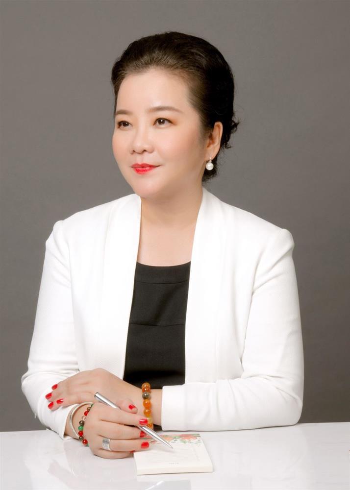 Đọ sắc những bà mẹ đại gia của hội rich kid: Bà trùm hàng hiệu Thủy Tiên sở hữu thần thái đỉnh cao, mẹ Phan Thành bí ẩn nhất Sài thành-5