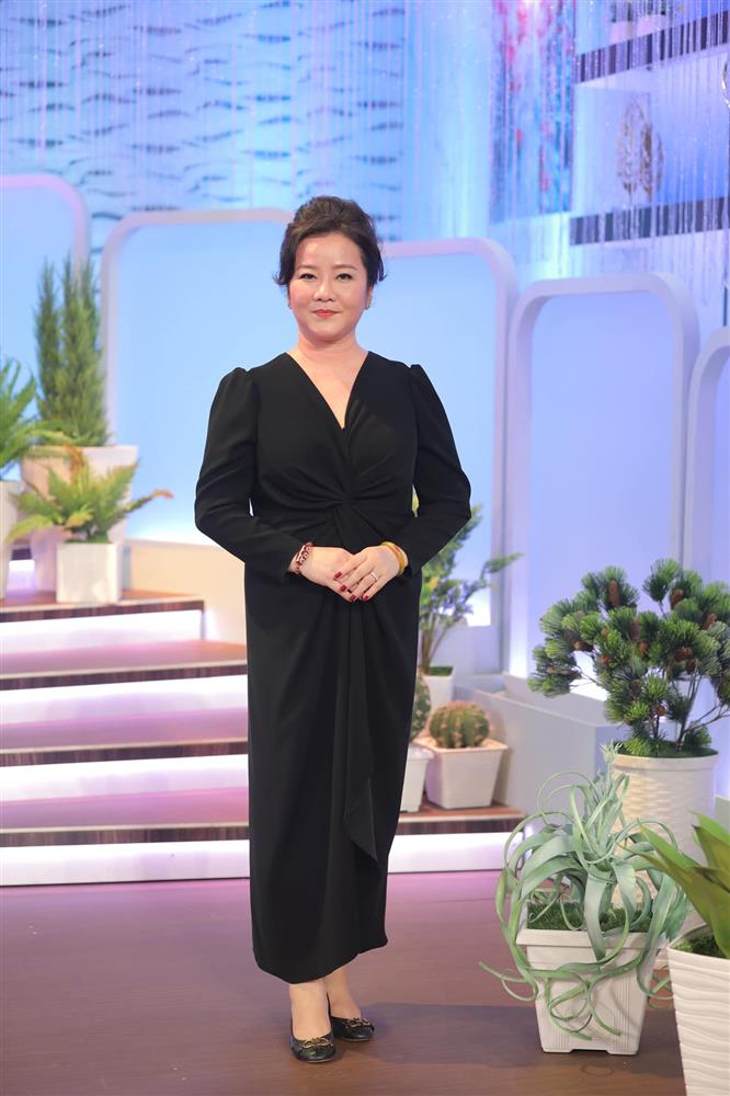 Đọ sắc những bà mẹ đại gia của hội rich kid: Bà trùm hàng hiệu Thủy Tiên sở hữu thần thái đỉnh cao, mẹ Phan Thành bí ẩn nhất Sài thành-8