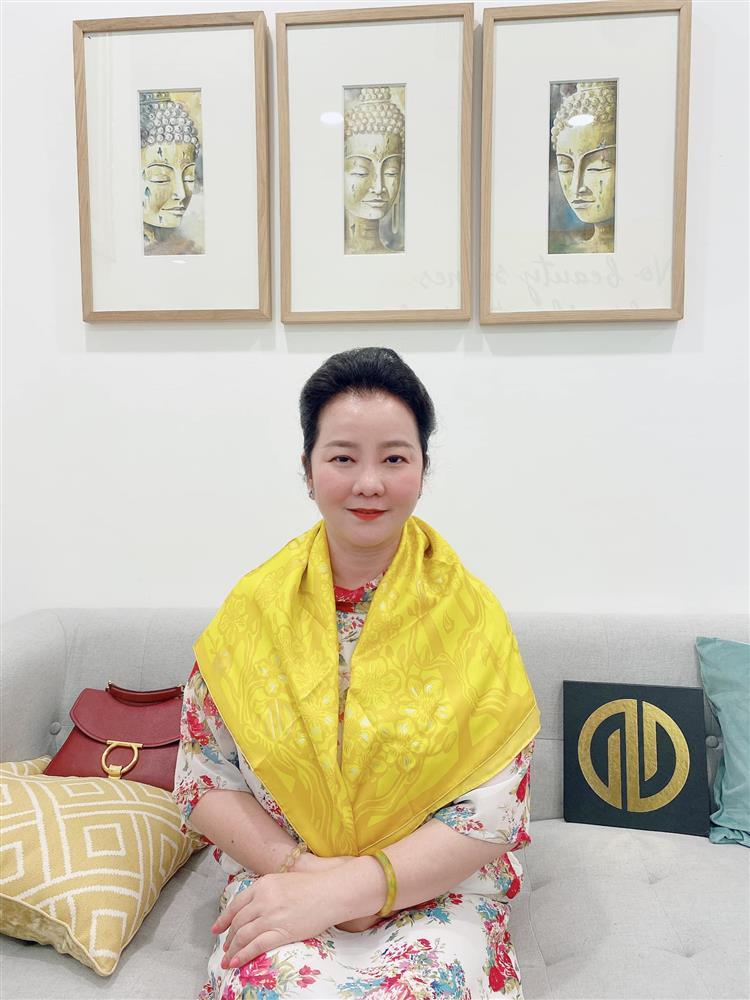 Đọ sắc những bà mẹ đại gia của hội rich kid: Bà trùm hàng hiệu Thủy Tiên sở hữu thần thái đỉnh cao, mẹ Phan Thành bí ẩn nhất Sài thành-14