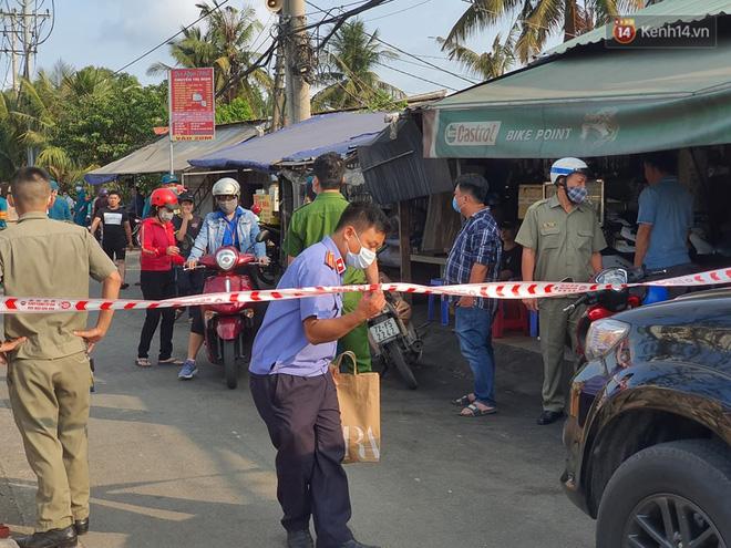 Cháy nhà ở Sài Gòn khiến 6 người trong gia đình tử vong, người thân khóc ngất tại hiện trường-1