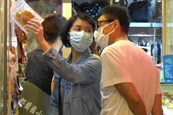 Cuộc sống hiện tại của Ngọc nữ số 1 Hong Kong thà nuôi mèo chứ không sinh con cho chồng đào hoa-2
