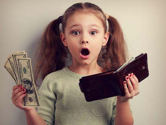 Phát hiện con trai 8 tuổi lấy trộm tiền: Chẳng cần mắng mỏ, người mẹ chỉ nói vài câu mà cậu bé không bao giờ tái phạm-2