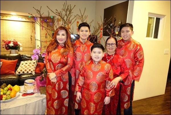 Thừa hưởng năng khiếu âm nhạc từ bố mẹ, cậu cả nhà Bằng Kiều và vợ cũ vinh dự được đề cử nghệ sỹ của năm-5