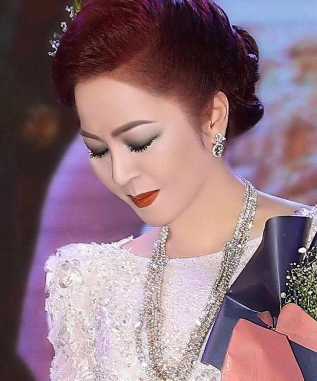 Dân mạng lan truyền đoạn hội thoại bà Nguyễn Phương Hằng khóc lóc, nói lời yêu đương với ông Võ Hoàng Yên!?-1