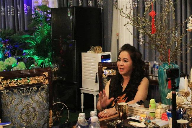 Dân mạng lan truyền đoạn hội thoại bà Nguyễn Phương Hằng khóc lóc, nói lời yêu đương với ông Võ Hoàng Yên!?-3