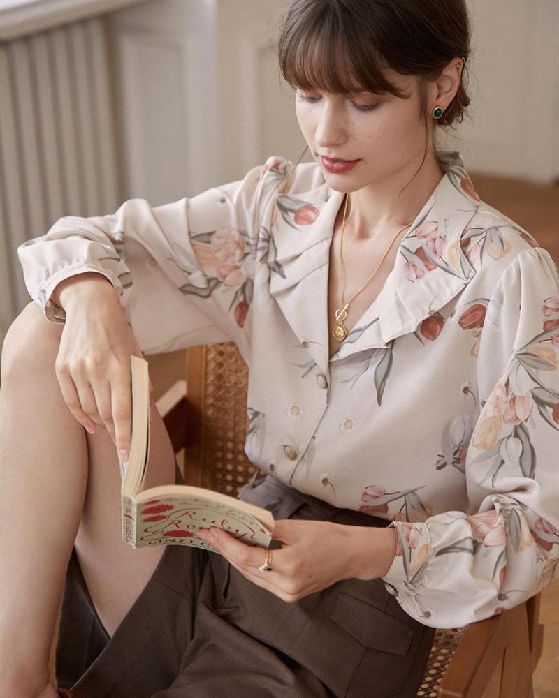 5 kiểu áo sơ mi chân ái của gái Pháp, lên đồ đơn giản cũng đạt tròn 100 điểm tinh tế-5
