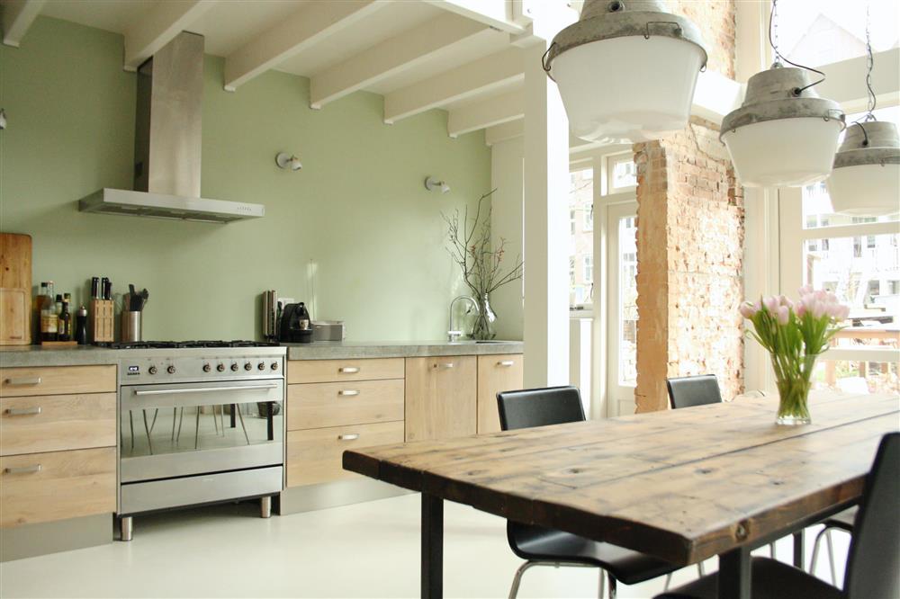 9 màu sơn xanh lá cây cần để mắt tới giúp căn bếp nhà bạn luôn mát mẻ mà không bao giờ bị lỗi mốt-12
