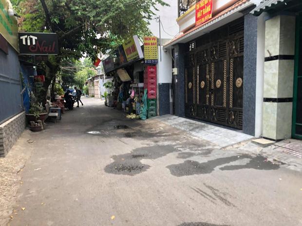 TP.HCM: Cô gái 21 tuổi kêu cứu thảm thiết rồi gục ngã ngoài đường, 1 thanh niên tử.vong trong phòng trọ-2